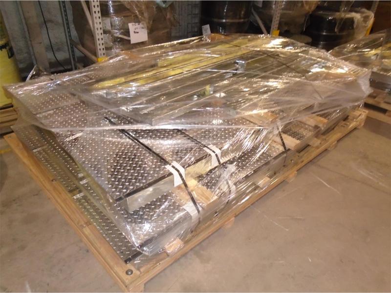 Example of pallet of floor panels